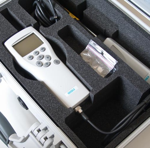 Vaisala HM70 (HMP75) in case