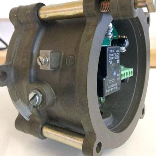 Dwyer 1950G adjustment screw