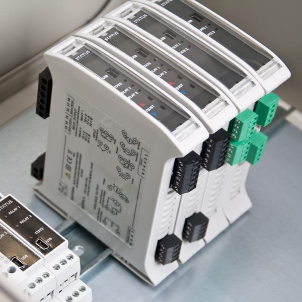 Status SEM1700 Series